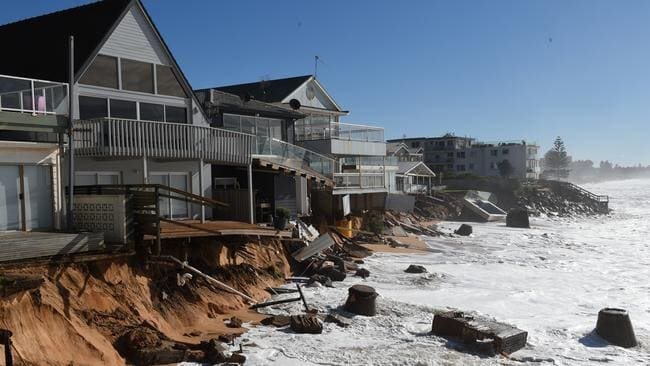 It's a sad sight for Collaroy residents. Picture: Dean Lewins / AAP