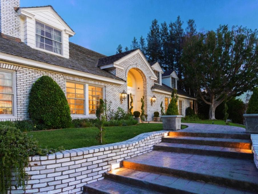 Homes of the rich and famous for Rich homes in california