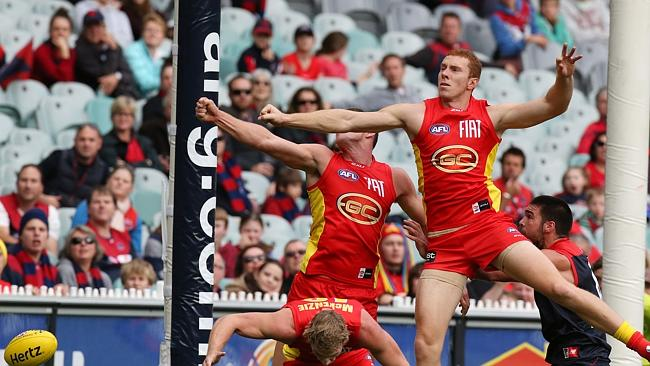 The AFL is hoping situations like this are avoided with the upcoming installation oF goal line cameras. Picture: Wayne Ludbey  <i>Source:</i> News Corp Australia