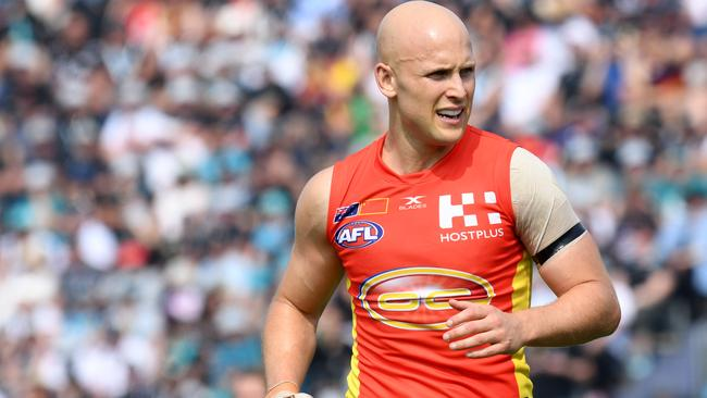 Gary Ablett of the Gold Coast Suns during the round 8 match between the Gold Coast Suns and Port Adelaide Power at Jiangwan Stadium in Shanghai, China, Sunday, May 14, 2017. (AAP Image/Tracey Nearmy) NO ARCHIVING, EDITORIAL USE ONLY