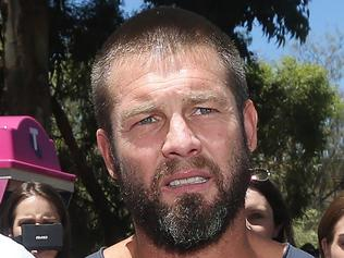 Ben Cousins leaves Armadale Magistrates Court on bail after pleading guilty to breaching a violence restraining order. 8 DECEMBER 2016 Picture: Danella Bevis The West Australian