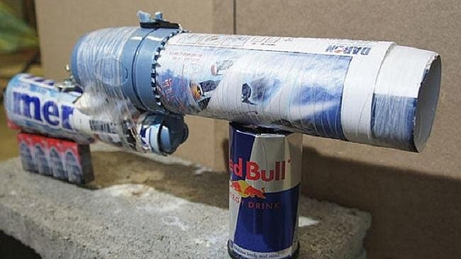 """The """"Businessclass Blunderbuss"""" assembled from components purchased from behind the security gate at an airport."""