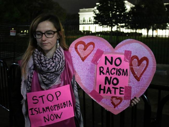 Protesters gather for a vigil outside the White House in Washington, DC. Picture: Yuri Gripas/AFP