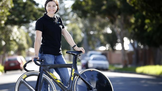 Champion Anna Meares has signed on with new sponsor Optus.