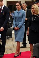 <p>Showing exactly how to pull off a muted blue cote Catherine, Duchess of Cambridge attend a ceremony at the war memorial in the town of Blenheim, New Zealand. Picture: Getty</p>