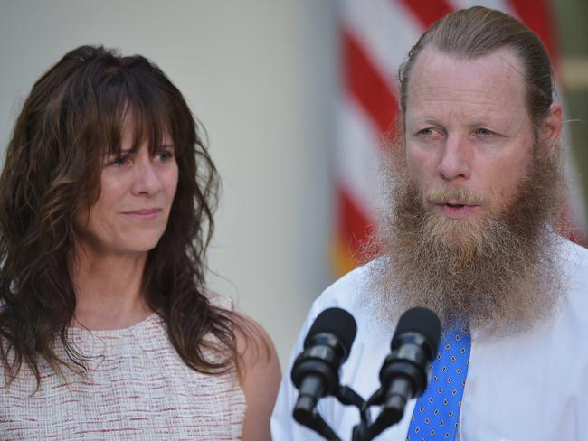 Bob and Jani Bergdahl, the parents of freed US soldier Bowe Bergdahl, speak next to US President Barack Obama in the Rose Garden of the White House in Washington, DC.