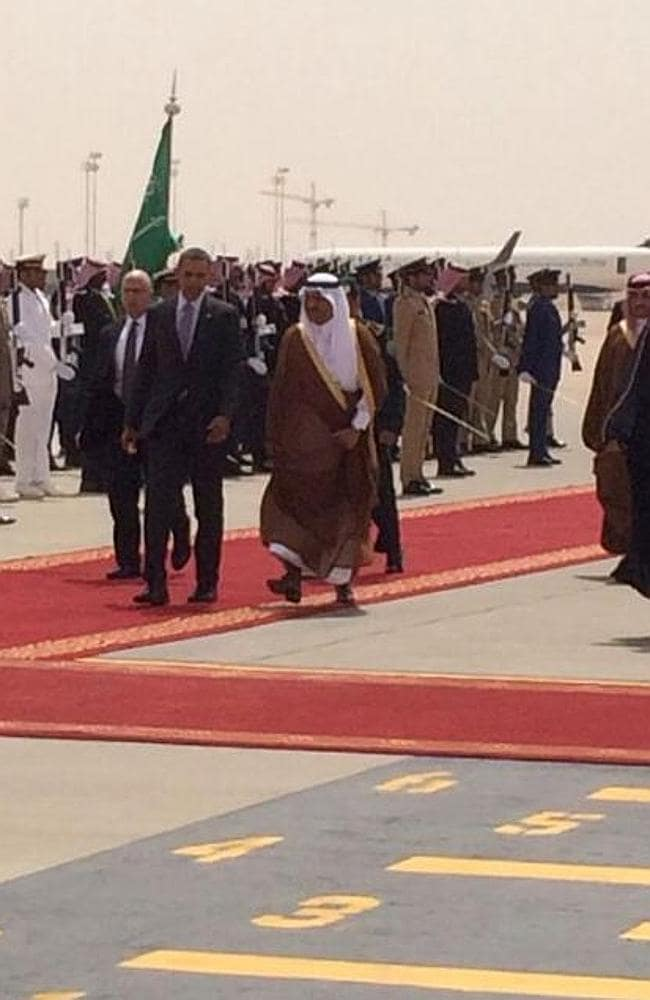 Welcome committee ... US President Barack Obama arriving at King Abdullah's desert retreat. Picture: Twitter/Carrie Budoff Brown.