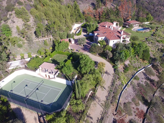 the grand compound is tucked away in beverly hills - Robin Williams Houses