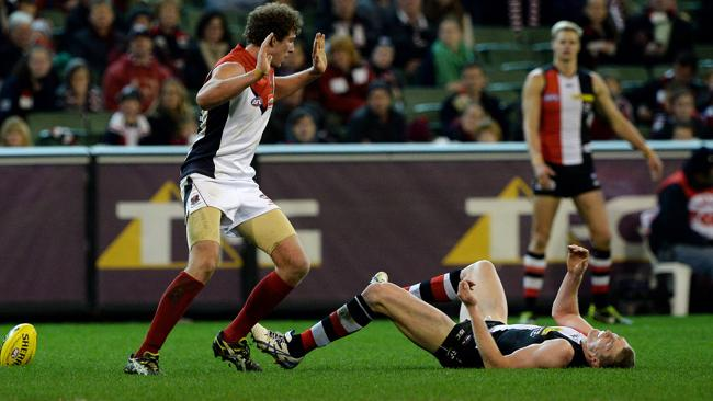 Jake Spencer collides with Ben McEvoy.