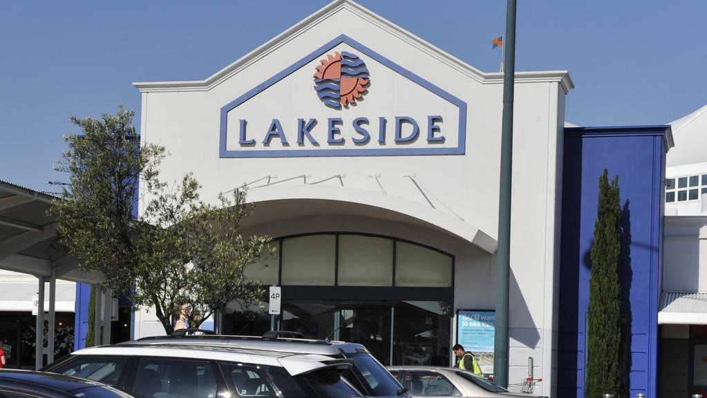 Lakeside Joondalup Shopping City is a major shopping centre, located in Joondalup, a northern suburb of Perth. It is located next to Grand Boulevard, approximately metres from Joondalup .