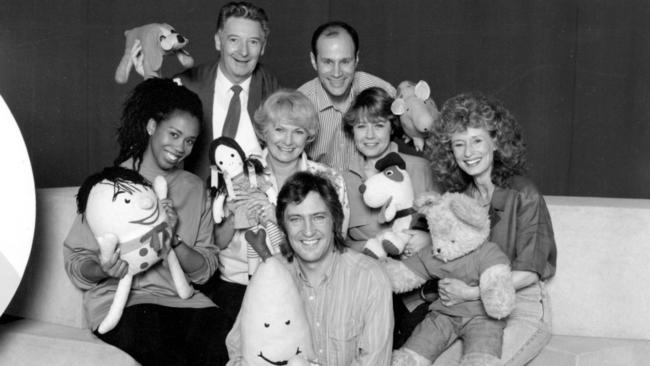 Cast members: Trisha Goddard, Donald McDonald, Jan Kingsbury, John Waters, George Spartels, Noni Hazlehurst and Benita Collings.
