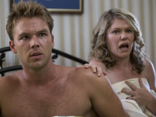 On set ... Lincoln Lewis as Ned Hogarth and Kate McLennan as Skye in House Husbands. Picture: Supplied