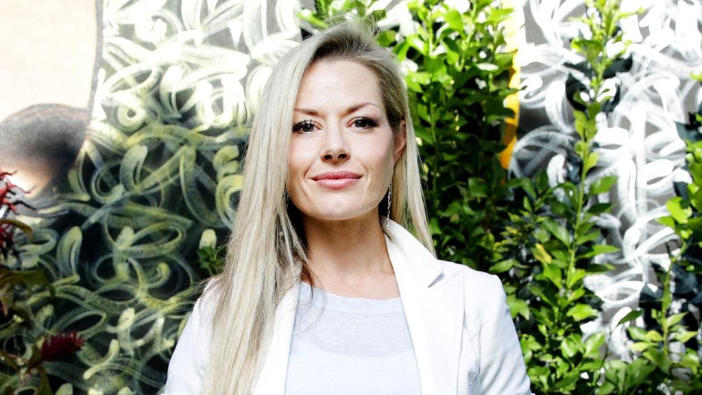 madeleine west - photo #13