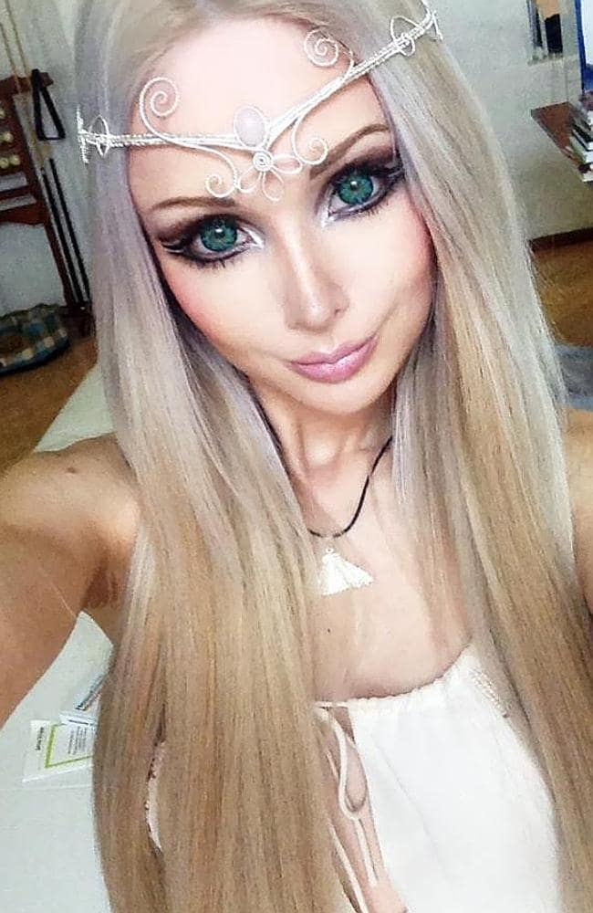 Human Barbie 'wants to live on air and light'