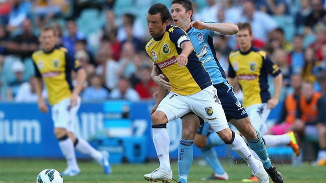 John Hutchinson of the Mariners controls the ball during the round 24 A-League match between Sydney FC and the Central Coast Mariners at Allianz Stadium.