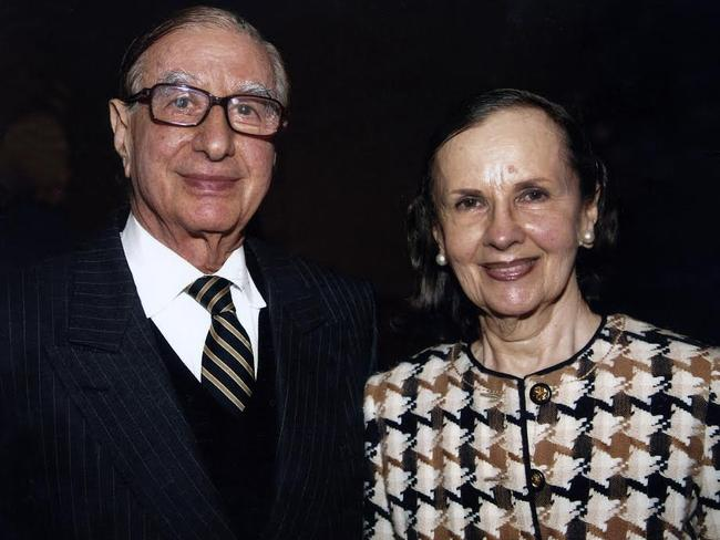 supplied photo of Isaac and Susan Wakil who have donated a record amount of money to the Sydney University.