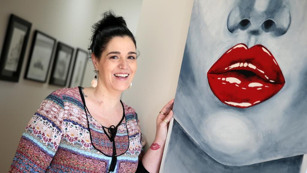 Artist Justine Martin Does Not Let Ms Or Chronic