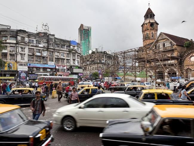 Taxi scams targeting tourists are common in many countries, including India.