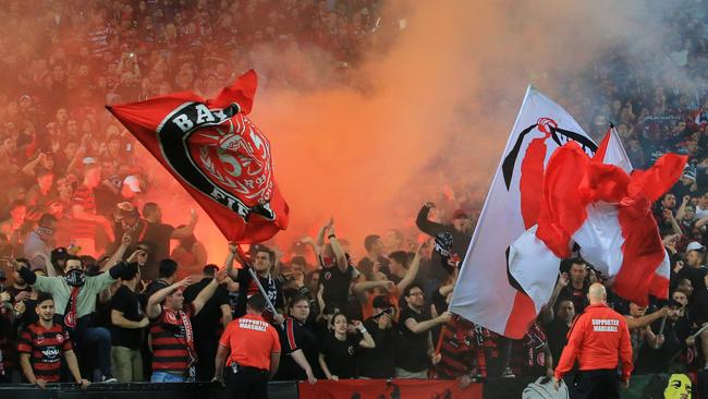 western sydney wanderers flares up - photo#29