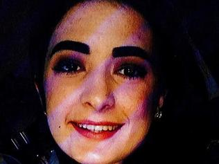 "Zoe Irwin, 16, has been missing since going to meet an ""unknown person"" at Bondi on Saturday."