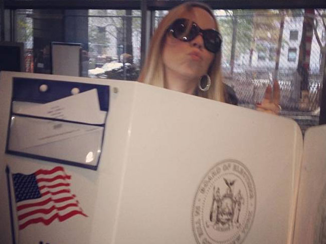 Mariah Carey tweeted this pic and said: Let your vote be heard!: Picture via Twitter