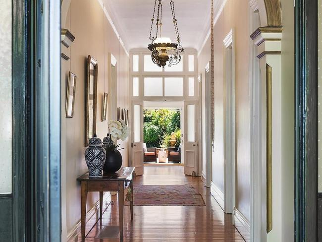 One of Longueville's oldest houses set on manicured lawns, it sold on a record weekend for Sydney real estate in February. Picture: realestate.com.au.