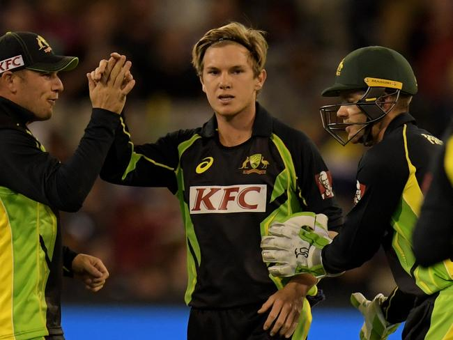 Adam Zampa picked up two key wickets.