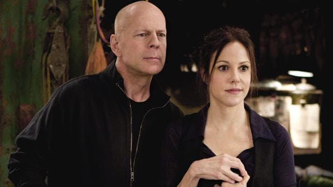 Frank Moses (Bruce Willis) and Sarah (Mary-Louise Parker) in a scene from Red.