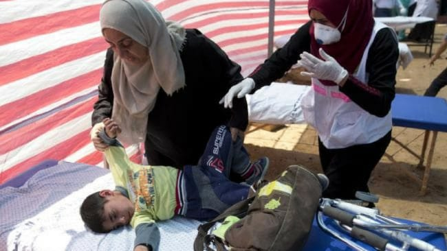 Hospitals on the Gaza Strip were overwhelmed after 2700 were injured in the violence. Photo: AP/Dusan Vranic