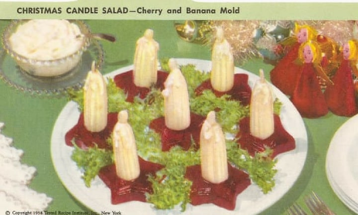 <b> PHALLIC CANDLES ARE SIMPLE AND DELICIOUS </b> It doesn't take too much effort to make something this beautiful, just a little cranberry jelly and some bananas drizzled with mayonnaise for a saucy finish.