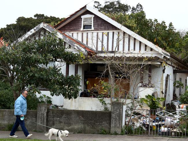 The Bobolas hoarders' house at Bondi could be worth up to $3 million on today's market. Picture: Chris Pavlich