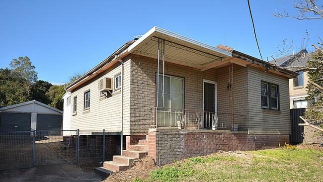 This home at 74 Chamberlain Ave, Guildford sold for $1 million at auction.