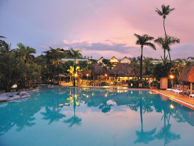 Hot Holiday Deals Bali Fiji Japan Russia And Best Of