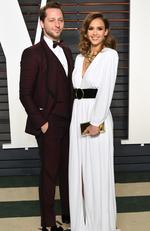 Derek Blasberg, left, and Jessica Alba arrive at the Vanity Fair Oscar Party on Sunday, Feb. 28, 2016, in Beverly Hills, Calif. (Photo by Evan Agostini/Invision/AP)