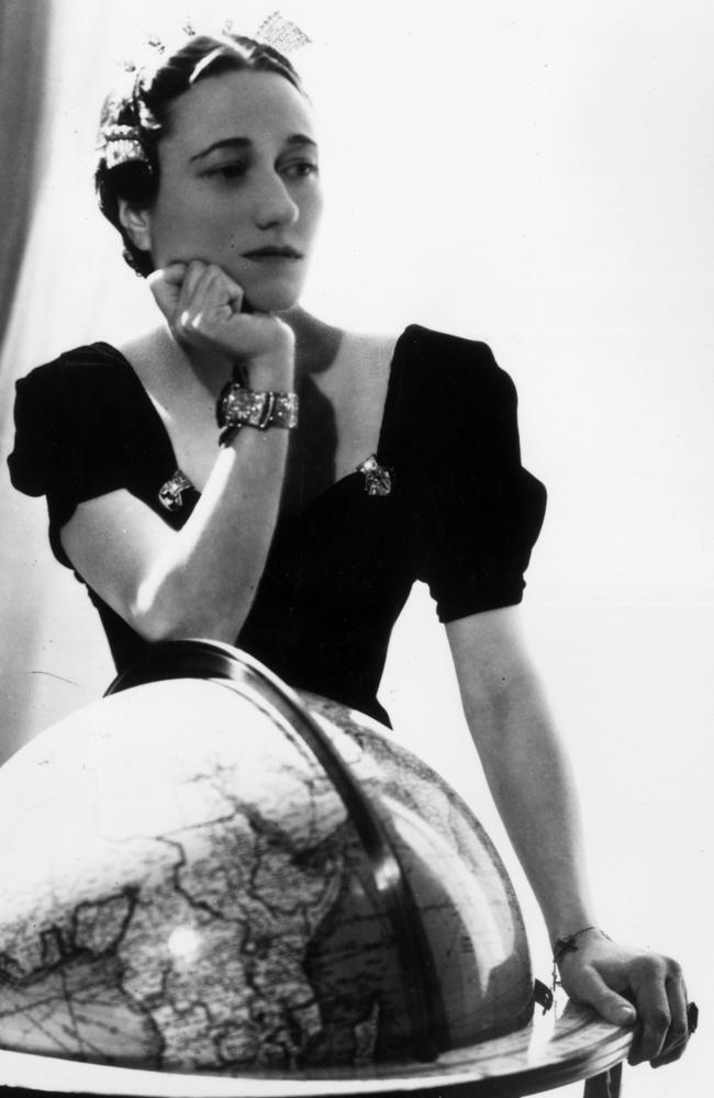 Wallis Simpson, wearing her Cartier emerald engagement ring and a sapphire and diamond bracelet. Picture: Hulton Archive/Getty Images