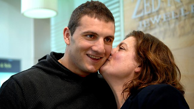Robbie Farah with his mother Sonia in 2007. Picture: Kristi Miller