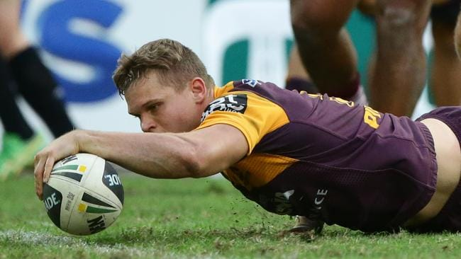 Dale Copley scores a try. Picture: Darren England