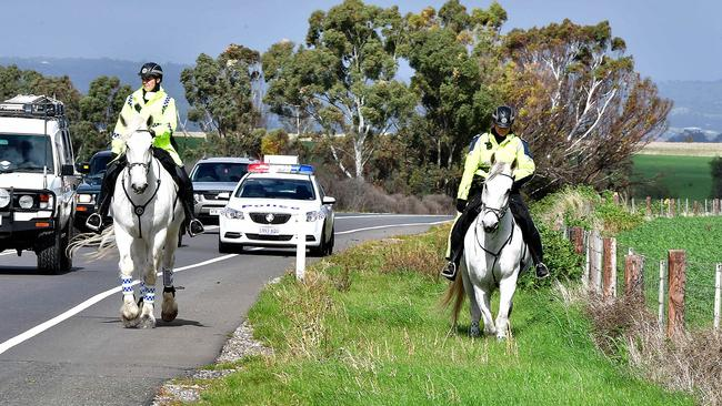 Mounted police search the roadside along Horrocks Hwy, Roseworthy, for any clues to the disappearance of Tanja Ebert. Picture: Bianca De Marchi