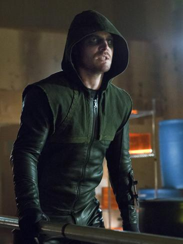 "Stephen Amell says ""all the promise of the pilot"" has been delivered with  <i>Arrow</i>."