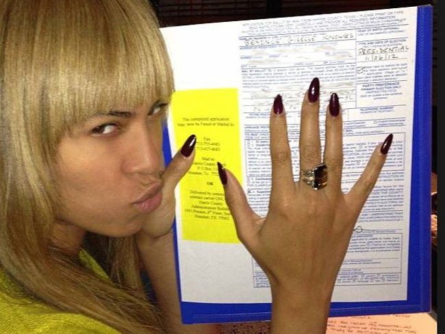 Beyonce votes then tweeted: Beyonce Voting #Obama2012 Pic via Twitter