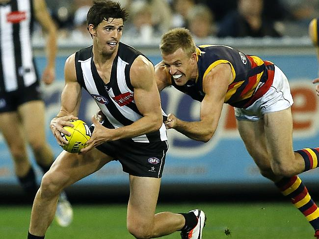Collingwood captain Scott Pendlebury in action.