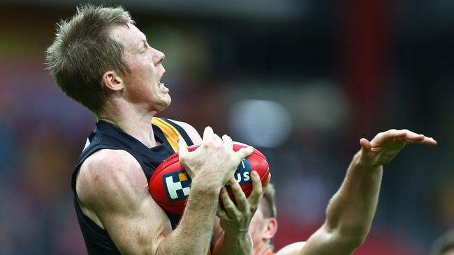 Riewoldt marks on his chest.