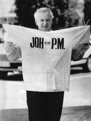 Clive Palmer worked on former Queensland Premier Sir Joh Bjelke-Petersen's campaign to become Prime Minister back in 1987.