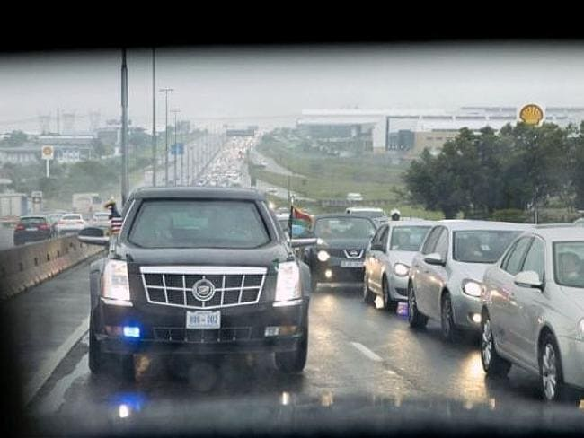 The presidential motorcade encounters stopped traffic on a freeway in Johannesburg, South Africa. Picture: Pete Souza / Official White House Photo