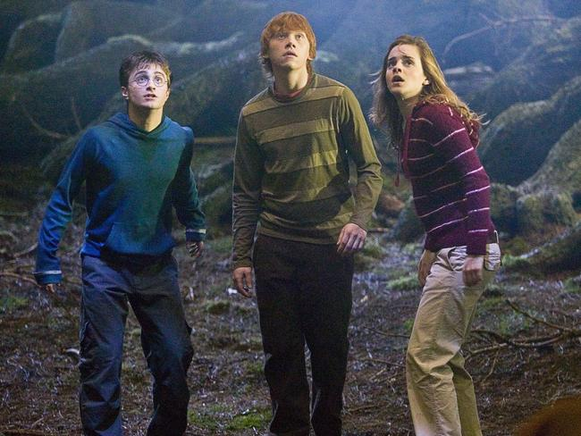 Harry potter j k rowling shares original pitch she sent - Ron weasley and hermione granger kids ...