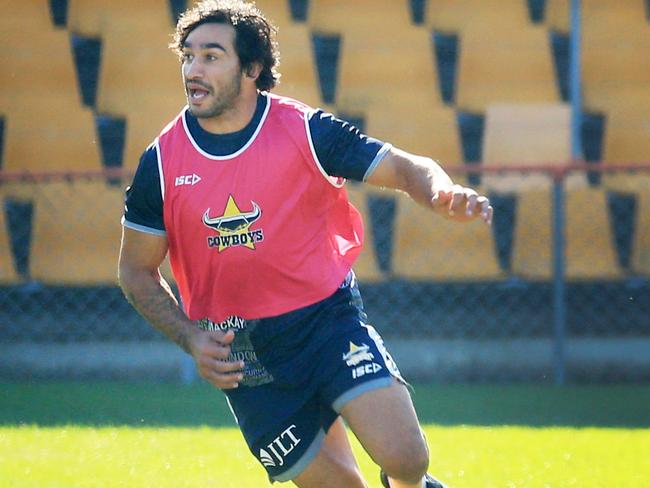 Johnathan Thurston training with the Cowboys.