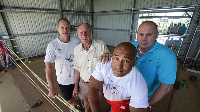 Alex Leapai at the training shed at Gatton with Noel, Trevor and Ricky Thornberry. Picture: Annette Dew