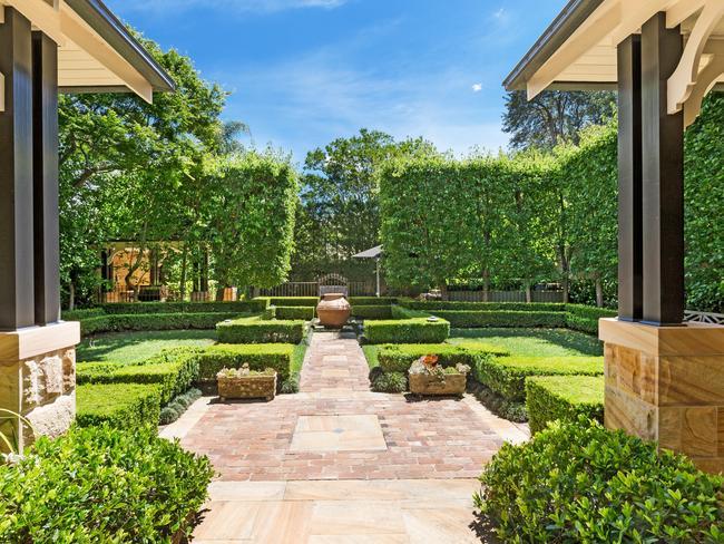 Glorious Gardens.