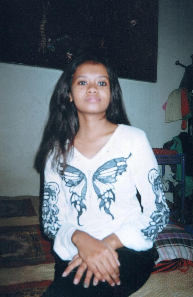 Momena Shoma comes from an upper middle class Bangladeshi family but reportedly began watching ISIS videos.