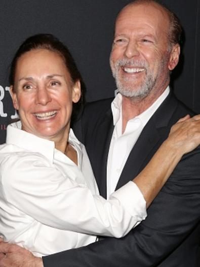 laurie metcalf husband - photo #15
